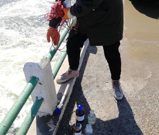 地表水监测
